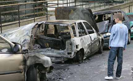 cars torched in French riots